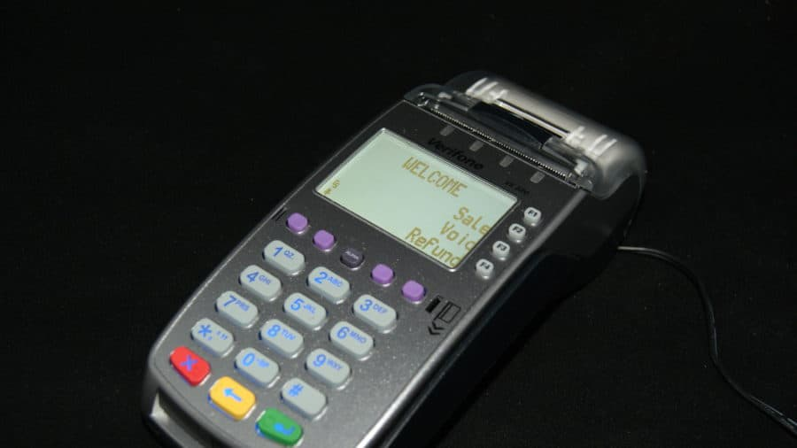 Adjust Tips VX520 AMP Payment Systems